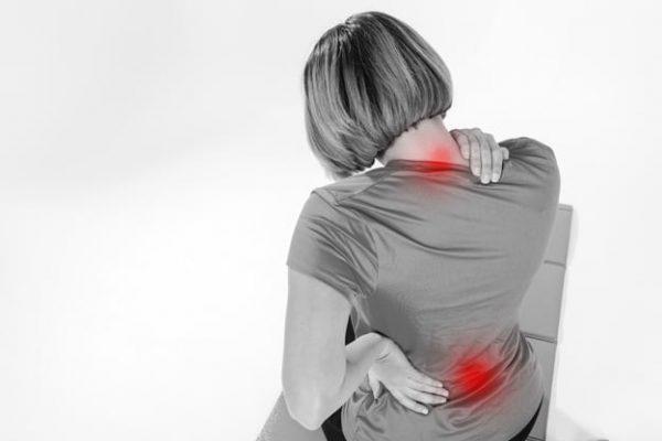 douleurs nuque dos femme mesotherapie